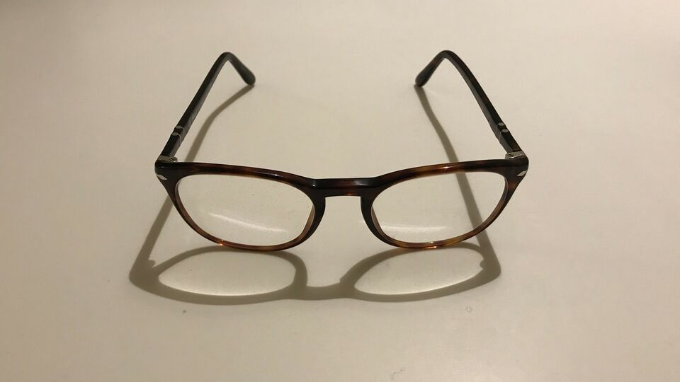 Brillestel, Persol