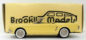 Brooklin-escala-1-43-BRK56-002-1965-Ford-Mustang-1-de-1000-Amarillo