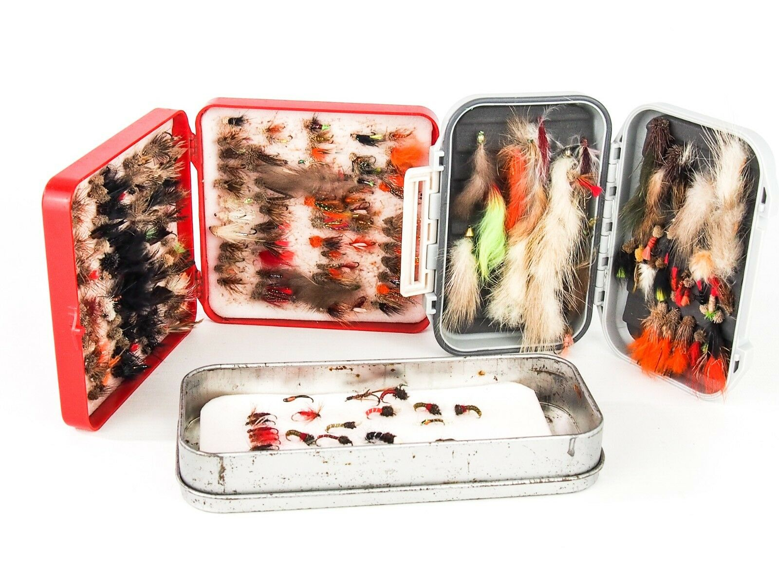 COLLECTION OF FLY BOXES c w ASSORTED GOOD QUALITY FLIES (PIKE & RESERVOIR)