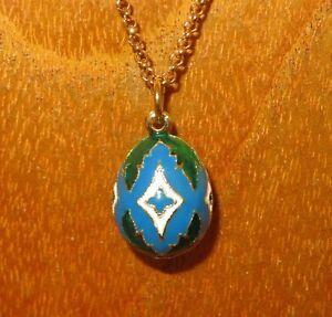Esmalte-Huevo-Colgante-Ruso-Verde-Azul-y-Blanco-Motivo-Dorado-Cadena-Regalo