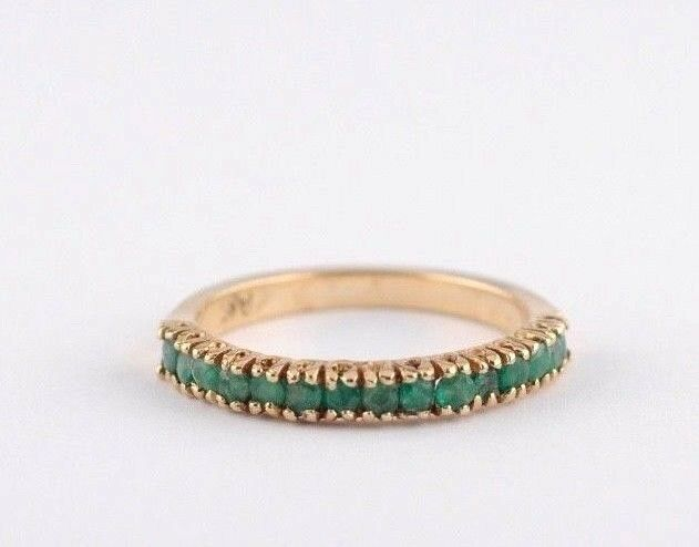 14k Yellow gold Green Emerald  ring size 6.75