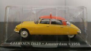 1-43-CITROEN-DS19-DS-19-TAXI-AMSTERDAM-1958-IXO-ALTAYA-ESCALA