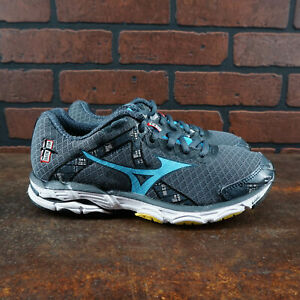 Womens Size 6.5 Running Shoes Gray Blue