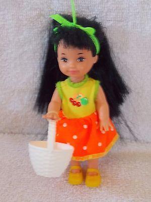 Barbie - Kelly - 1997 - Jenny Doll With White Basket
