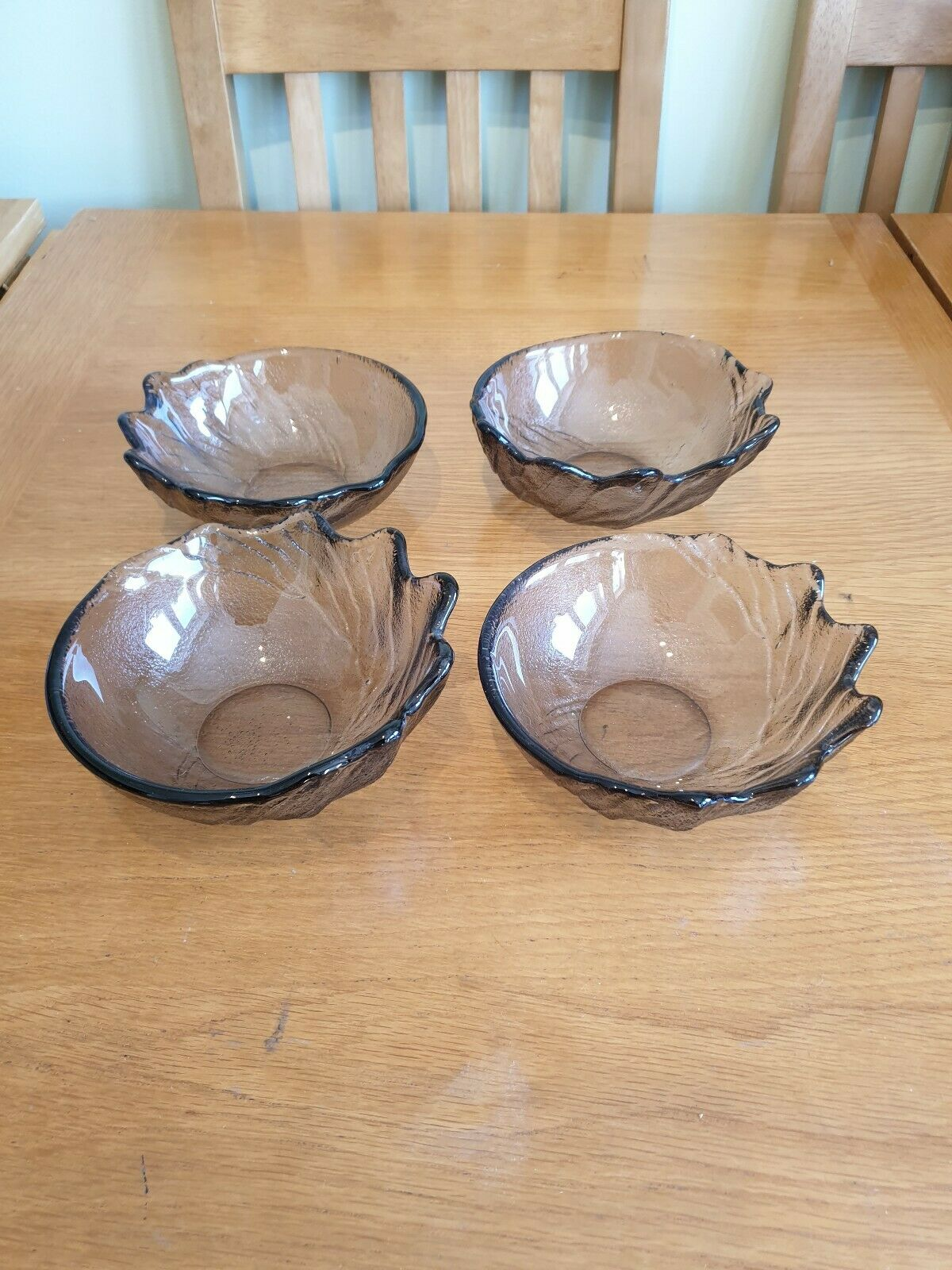 Lovely Art Glass Dessert Bowls X 4 Splash Design