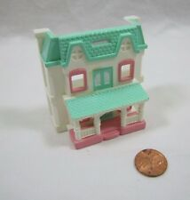 DOLL MINIATURE REPLICA TOY of Fisher Price Loving Family Dream Dollhouse Cute!