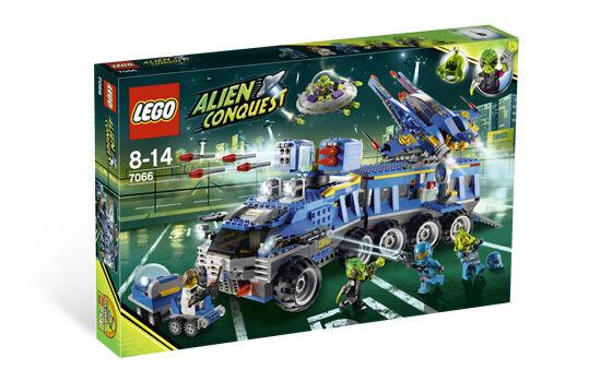 Lego 7066 Alien Conquest Earth Defense HQ  Sealed Box