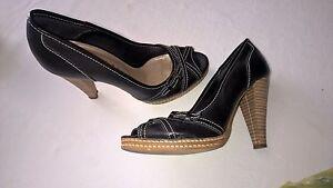 chaussure-d-034-ete-cuir-noir-kookai-p37-TBE-comme-neuves