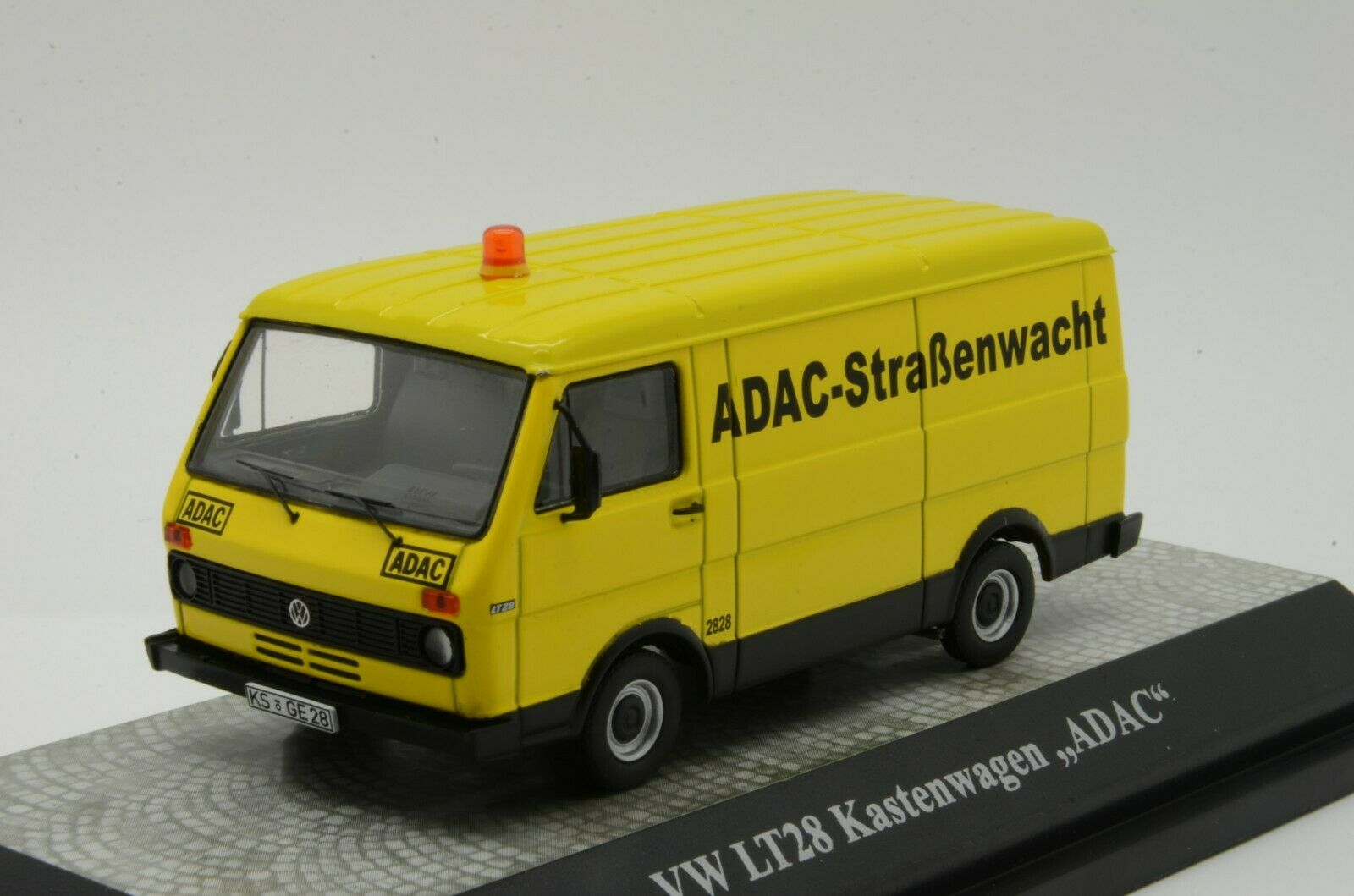 RARE     VW LT28 Kastenwagen   Adac   Premium ClassiXXs 1 43