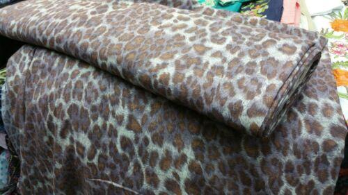 """* Nuevo Calidad Superior Suave Viscosa Marrón//gris de tela impresión guepardo 58/"""" de ancho"""