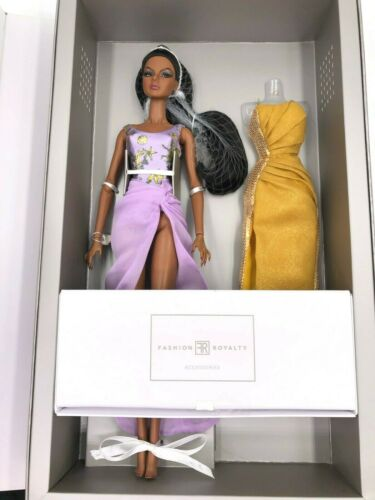 Fashion Royalty Integrity Doll Agnes Von Weiss Ocean Drive Mini Gift Set NRFB