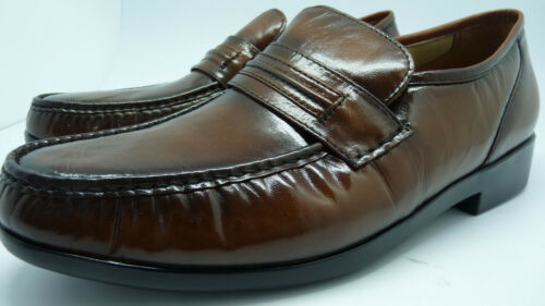 Easy Spirit Nelson Men/'s Tan Leather Padded Footbed Classic Loafers