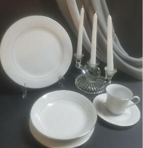 Royal-Palm-by-Crown-Ming-China-Vintage-White-amp-Silver-Trim-20-Pieces-29
