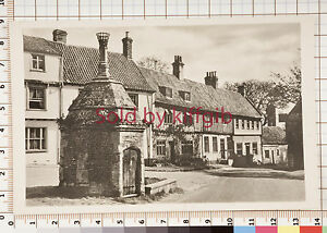 Mediaeval conduit house and common place Walsingham postcard local publisher - <span itemprop=availableAtOrFrom>Tamworth, United Kingdom</span> - Mediaeval conduit house and common place Walsingham postcard local publisher - Tamworth, United Kingdom