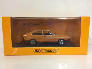 Maxichamps 940054201 Volkswagen Passat 1975 orange 1 43 Scale