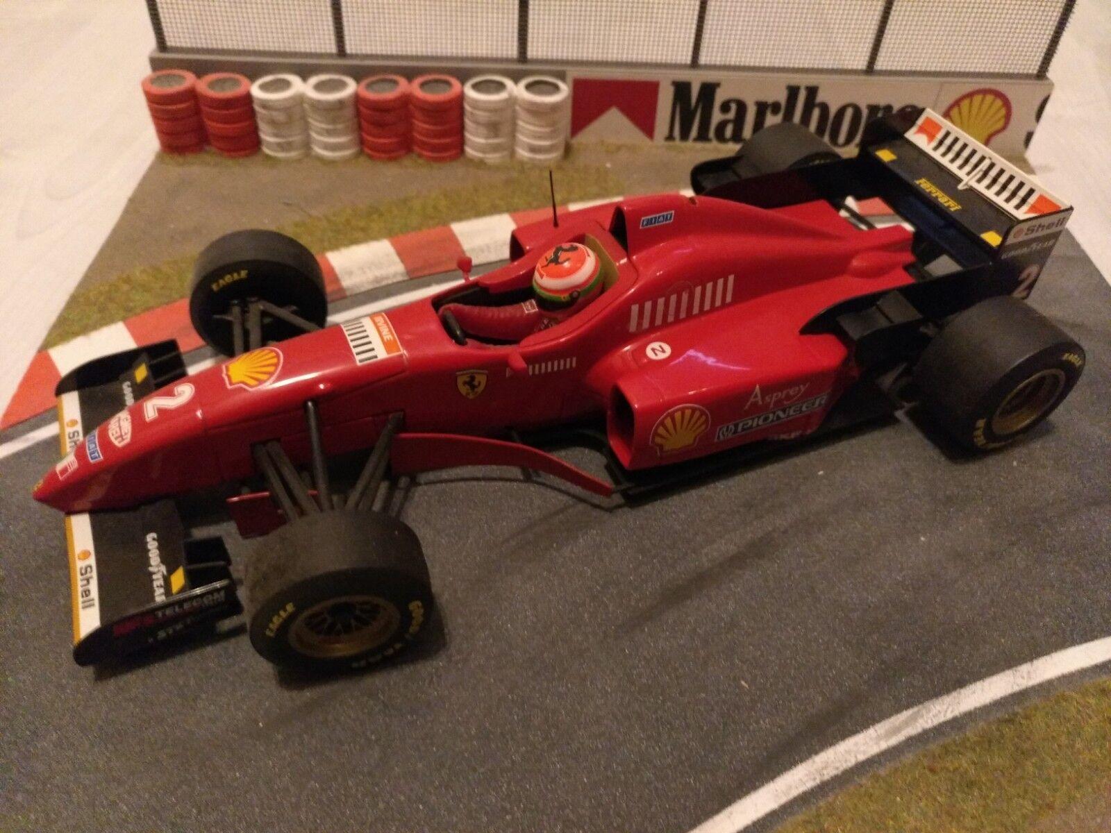 Ferrari 1 18 Minichamps F310 Eddy Irvine