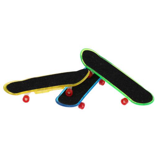 Mini Finger Skateboard Fingerboard Funny Toy Set Kids Sports Game 3Pcs Gift