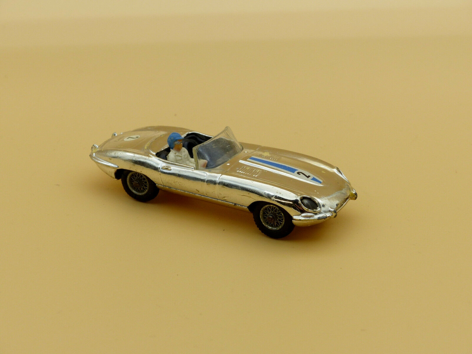 Corgi Toys N° 312 Jaguar Type E Competition Chromée