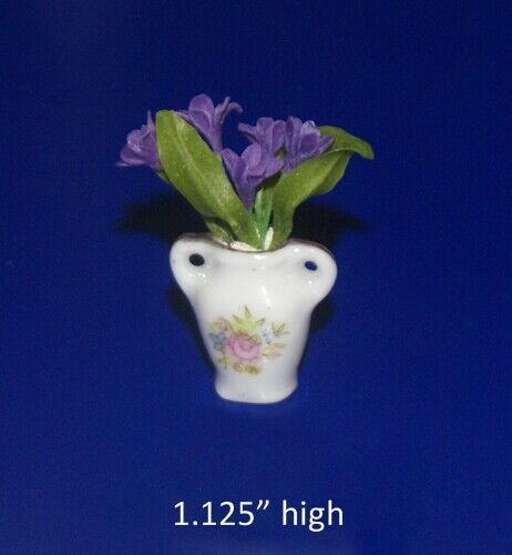 Flowers in Vase Dollhouse Miniature 1:12
