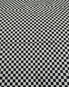 Pequeno-chequerboard-Cuadrados-Negro-Y-Blanco-100-algodon-cuarto-Gordo-Tela-Impresion