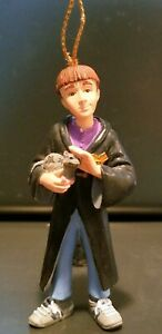 Enesco-Harry-Potter-Ron-Weasley-Christmas-Ornament-Collectible