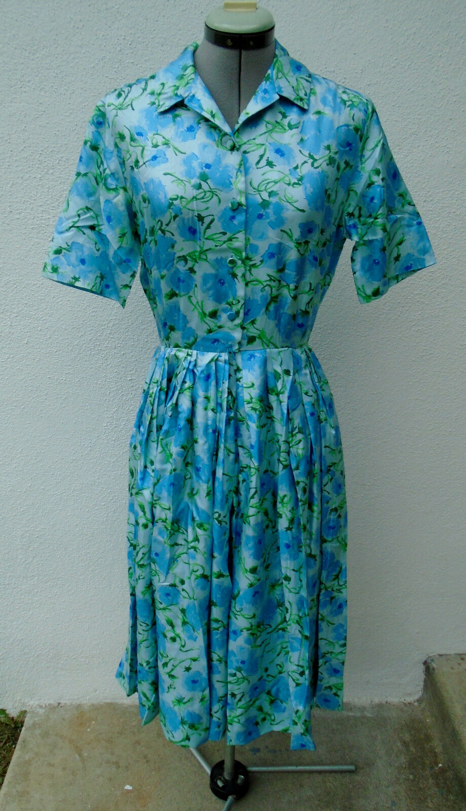 Vintage 1950s RENARDS bluee Floral Cirlcle Skirt Day Dress Small