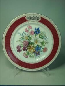 1988 Porcelaine de Limoges, BOUQUET RENAISSANCE Chateau Fontainebleau Plate