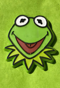 Vintage-1978-Jim-Henson-Kermit-The-Frog-Plastic-Pin-The-Muppet-Show-Collectible