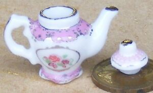 1-12-Scale-White-Ceramic-Teapot-With-A-Pink-Pattern-Tumdee-Dolls-House-Kitchen
