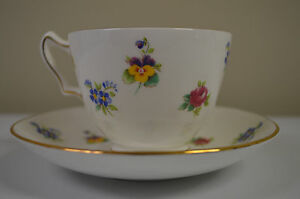 Cup-Saucer-Crown-Staffordshire-Fine-Bone-China-England