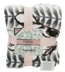 Disney-Bambi-Throw-Super-Soft-Blanket-120-cm-X-150-cm-Primark