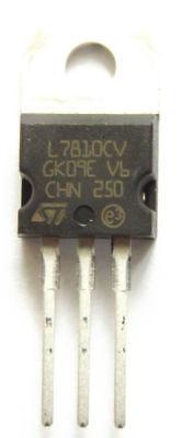 UA 7810 Circuito Integrato POS V-REG 10V 1A UA7810