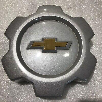 2015-17 Chevrolet Colorado Silver OEM Wheel Center Cap # 22912448