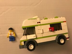 LEGO-7639-City-Town-Recreational-Camper-incomplete