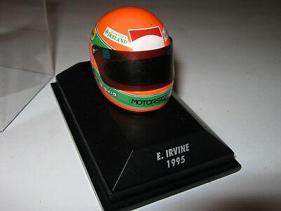 1:8 Casco Driver E. Irvine 1995 Minichamps Jordan In Showcase-mostra Il Titolo Originale