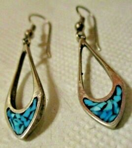 VALENTINE-JEWELRY-SILVER-PIERCED-EARRINGS-INSET-TURQUOISE-DELICATE-LOVELY-GRACE