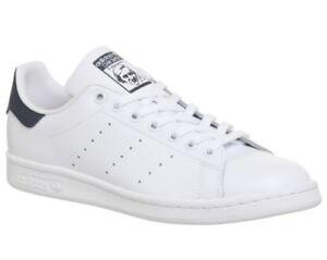 Dettagli su Uomo adidas Stan Smith Scarpe Sportive Core Bianco Blu Scuro da  Ginnastica