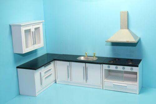 Dollhouse Miniature Complete White Kitchen Set 5 Pcs with Range Hood ~ GM009D