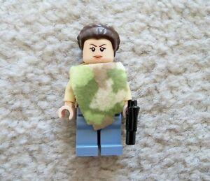 LEGO-Star-Wars-Rare-Original-Princess-Leia-Camo-w-cloth-w-Gun-From-75094