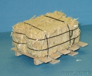 Pallet w/ Large Bales of Hay - NOT LIFESIZE - Miniature for G Scale - 101-0014