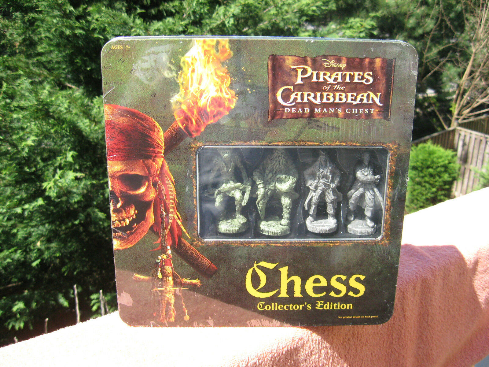 Pirates of the Caribbean Dead Man's ChestChess Set Collector's EditionNew