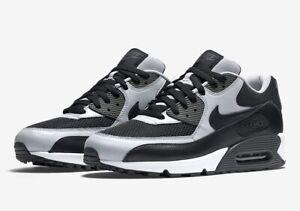Nike Air Max 90 Essential | Noir | Baskets | 537384 053