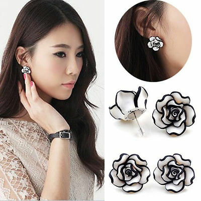 Elegant Fashion Cute women Lady Girls Black & White Rose Flower Stud Earrings