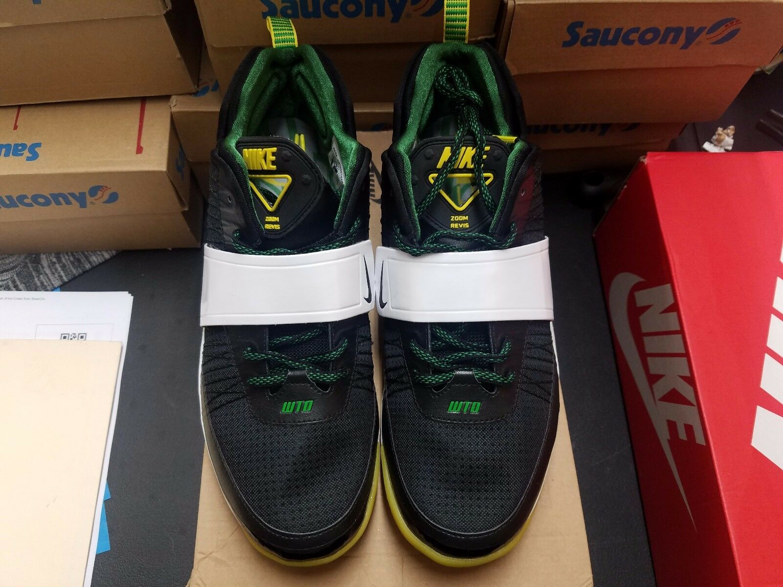 Nike Zoom Revis Size 11.5 Oregon Ducks PE Sample Bears 112 Promo VNDS