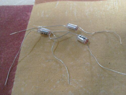 3x 330pF 2.5/% 63V Polystyrene Capacitors X3 plus some free vintage capacitors