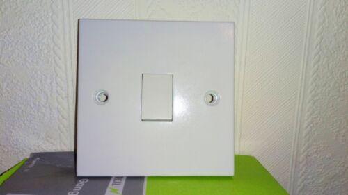 Interrupteur de lumière en plastique Blanc Simple 1 Gang 1 interrupteur