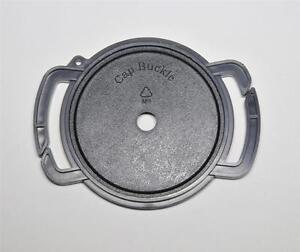 The-TAPPO-Cinghia-Copriobiettivo-ritenzione-52mm-O-67mm-e-58mm-a-pressione-clip