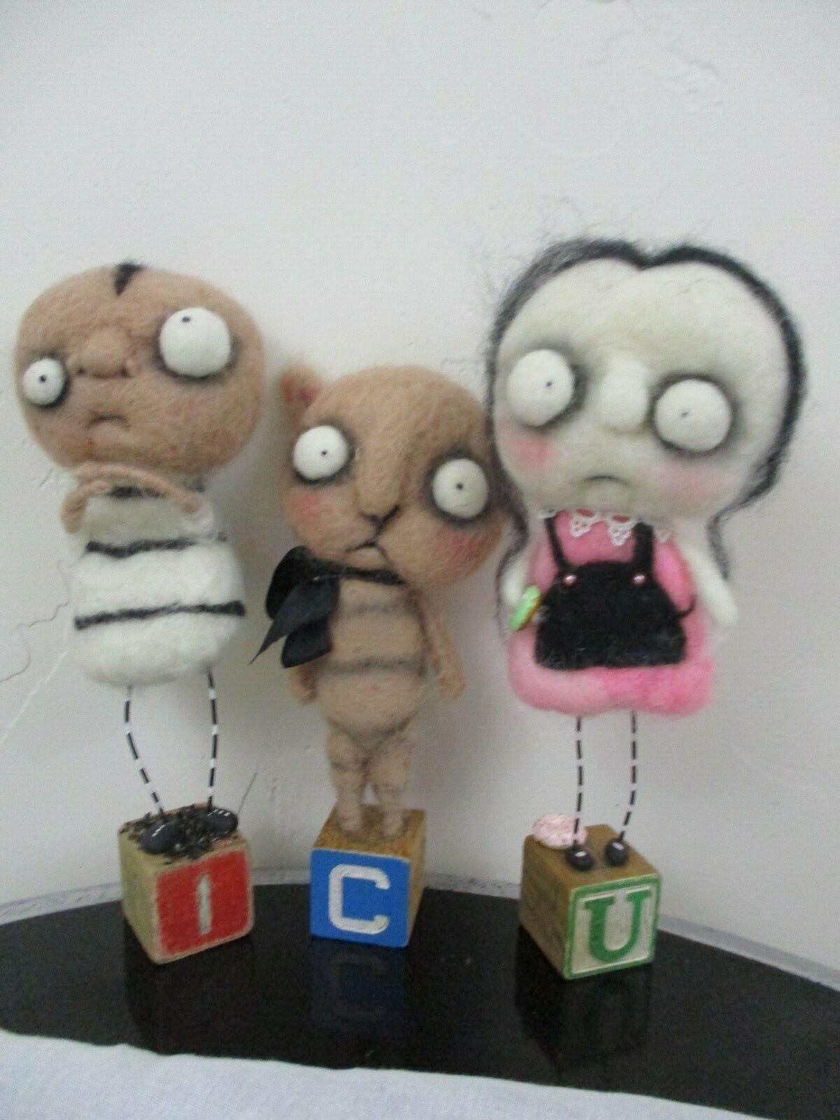 Arte rojoucidas de lana hecho a mano uno de muñecas tipo 3 Set I C U espeluznante horror Papermoon