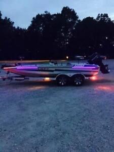 NIGHT FISHING, ULTIMATE BLACK LIGHT KIT FOR BOATS