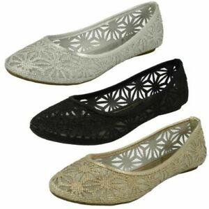 timeless design e65c4 31cc9 Detalles de Mujer Spot On Diseño de Cortes Zapatillas Balerinas